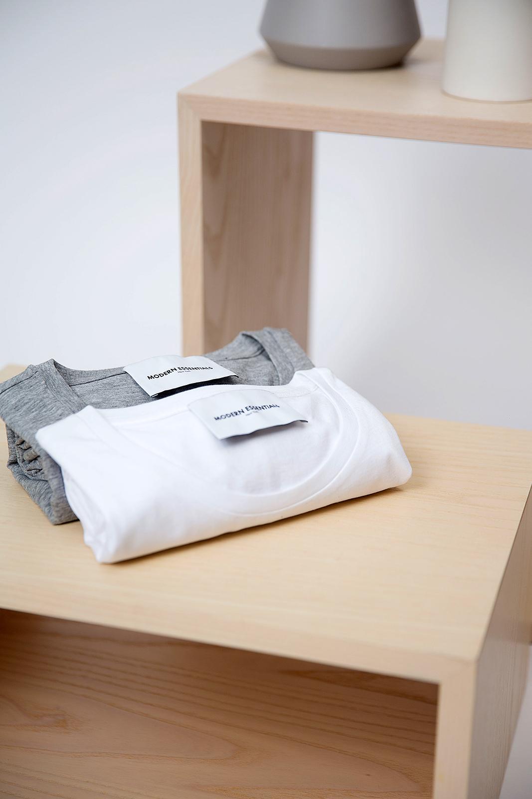 modern-essentials-1064966-unsplash.jpg